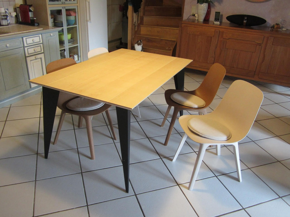 Table Arlequin