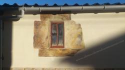 ventanuco piedra
