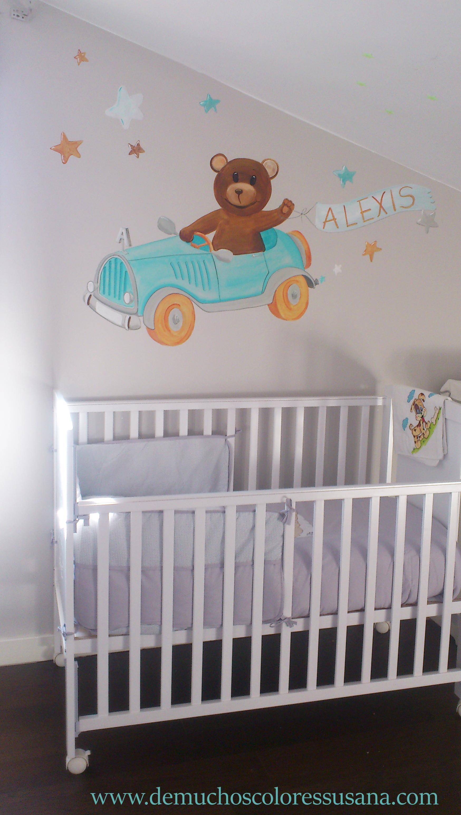 Oso en Dormitorio infantil