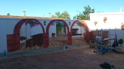 los arcos del patio