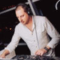 Gary Howard DJ Pic.jpg