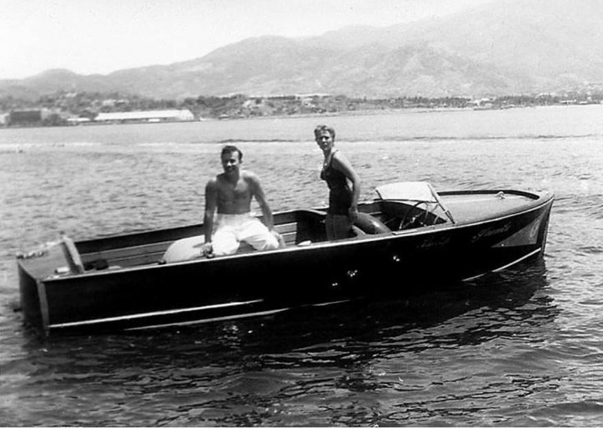 Pedro Infante y Silvia Pinal durante la filmación de El Inocente en 1955