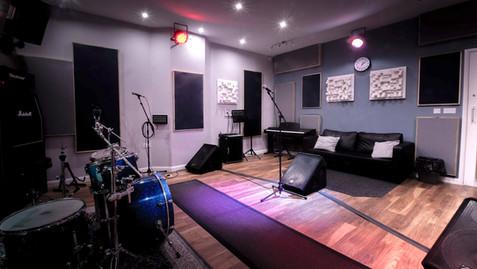 Room 6 - Rear L
