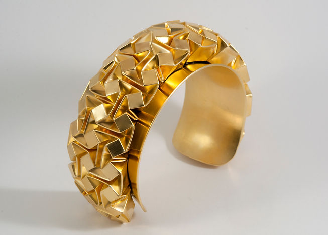 013 3x16 Cubes gold coated bracelet.jpg
