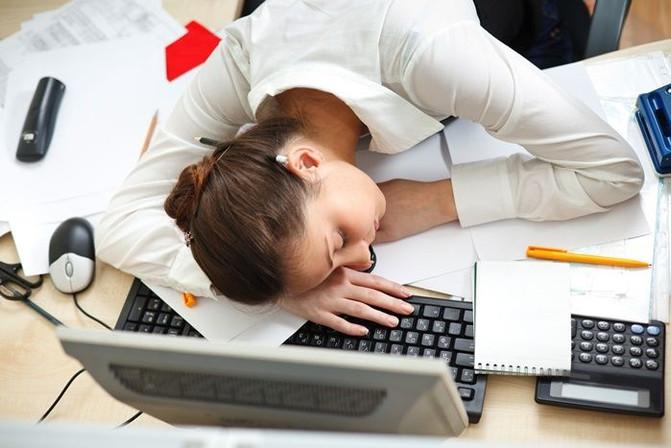 Fatiga adrenal: ¿Qué es y cómo hacerle frente?