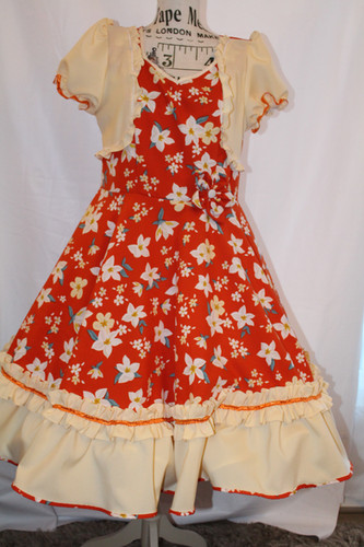 Vestido de huasa elegante rojo