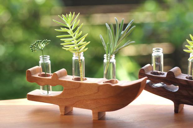 ワニの花瓶