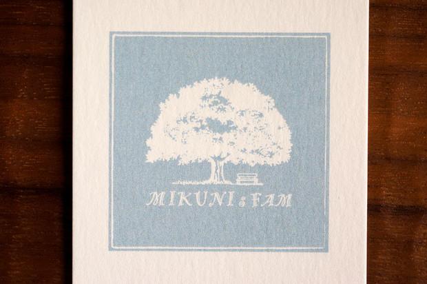 MIKUNIsFAMさんのロゴマーク
