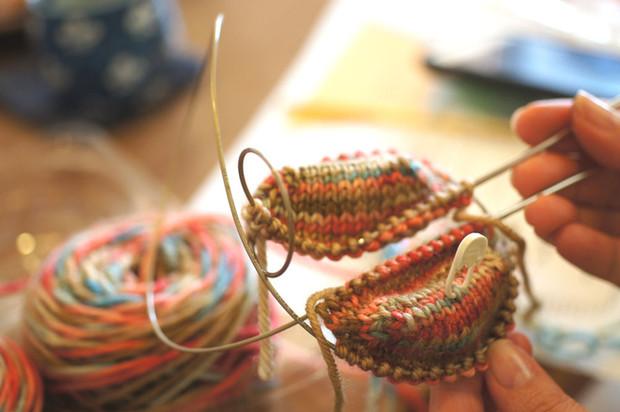 靴下編みのワークショップ開催しました。