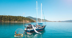 atlantic-clipper-whitsundays-sailing-adv