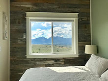 Bedroom #bigskytinyhome #barnwood #monta