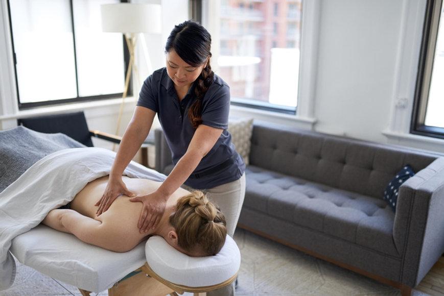 Nov-13-spa-therapist-courses.jpg