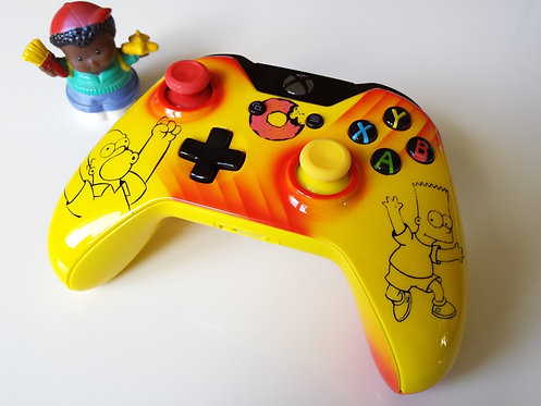 Manette XBOX ONE Custom à l'aérographe !!! les Simpsons