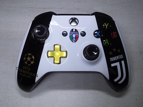 Manette XBOX ONE S Custom à l'aérographe !!! Juventus