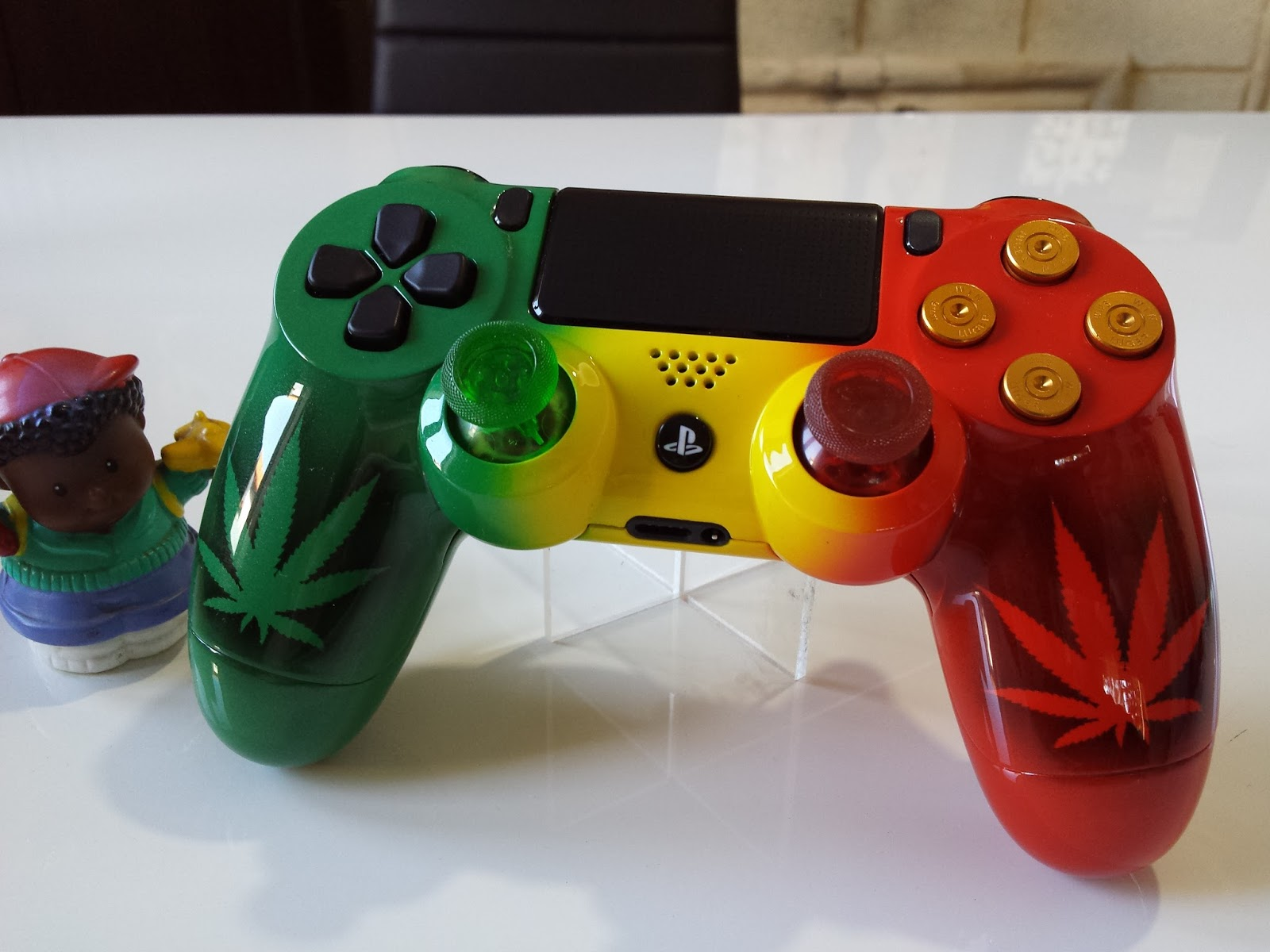 manette ps4 weed