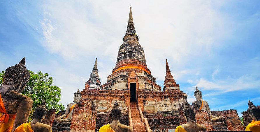 Wat Yai Chai Mongkol.jpg