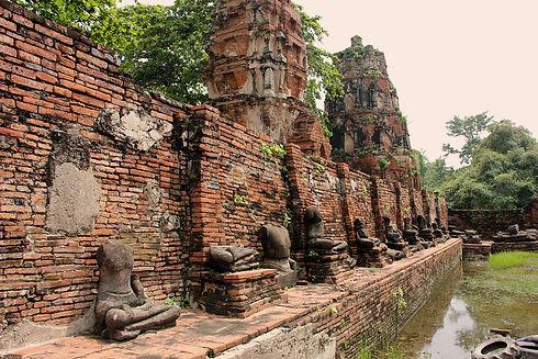 Ruinas-Ayutthaya-Wat-Phra-Mahathat.JPG