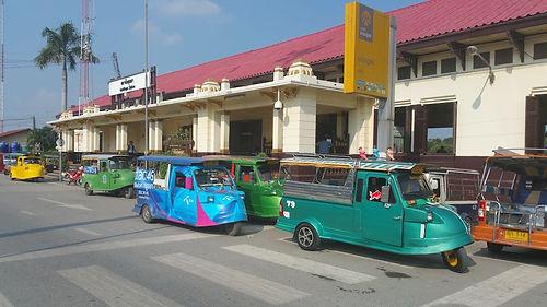 AyutthayaThailandTukTuks.jpg
