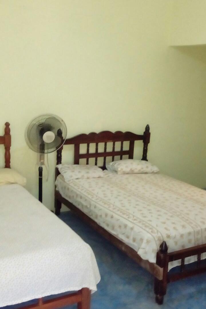!!!Agradable y Cómodo Hotel Familiar Ubicado en las Costas de Guerrero, en Playa Troncones, ¡¡¡a solo 300 metros del mar y de los pescados y mariscos más frescos de la región!!!  ~ A 20 Minutos de la Zona Hotelera de Ixtapa Zihuatanejo, Gro. ~ A 30 Minutos de Zihuatanejo, Gro. ~ A 40 Minutos del Aeropuerto Internacional de Zihuatanejo, Gro. ~ 15 Cómodas Habitaciones: Sencillas, Dobles Triples y Cuádruples ____________________  Nice and Comfortable Family Hotel Located on the Coasts of Guerrero, in Troncones Beach, just 300 meters from the sea and the freshest seafood in the region!  ~ 20 Minutes from the Hotel Zone of Ixtapa Zihuatanejo, Gro. ~ 30 Minutes from Zihuatanejo, Gro. ~ 40 Minutes from Zihuatanejo International Airport, Gro. ~ 15 Comfortable Rooms: Single, Double Triple and Quadruple
