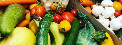 Fresh_fruit_veg_box.jpg