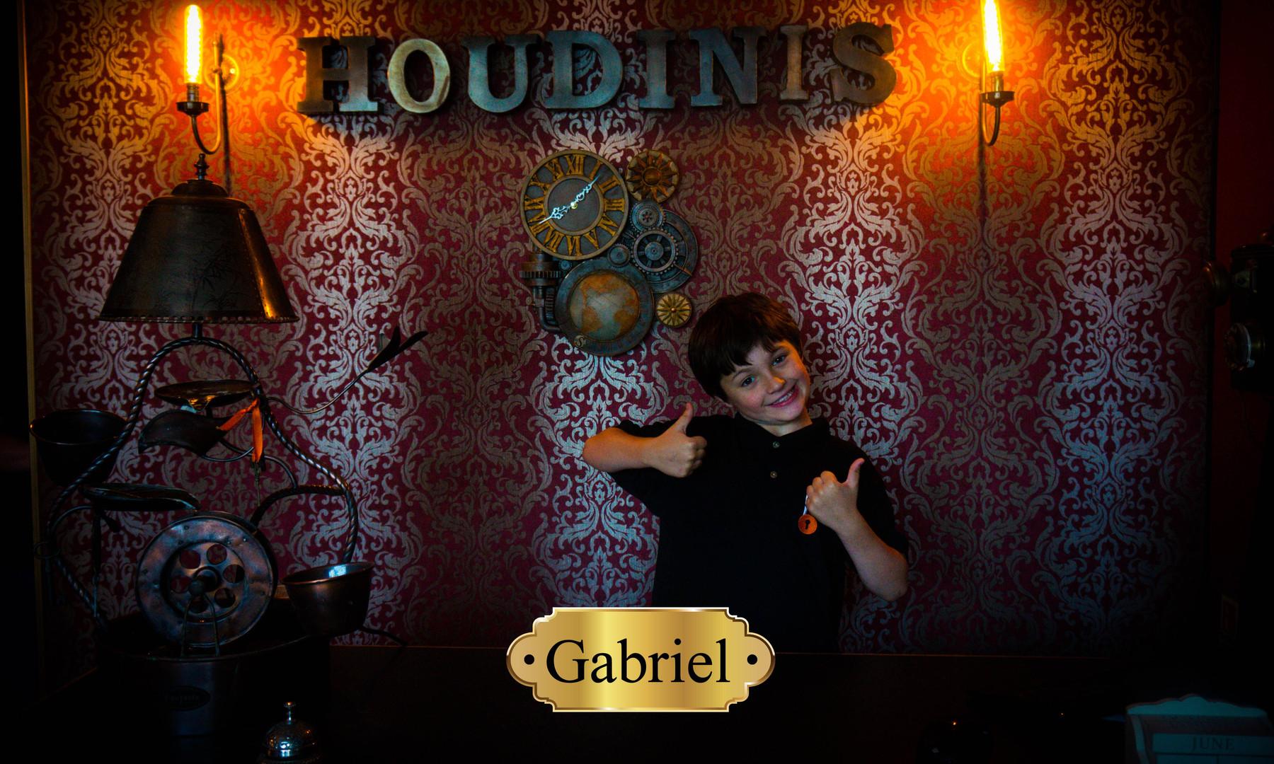 Gabriel 2.jpg