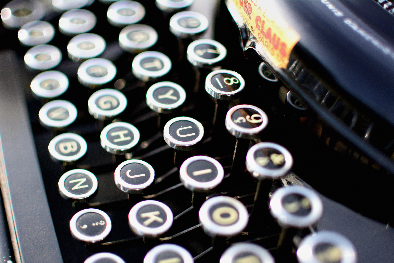 typewriter-1004433