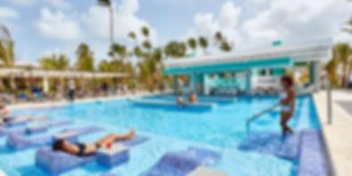 piscina-hotel-riu-palace-punta-cana-5_tc
