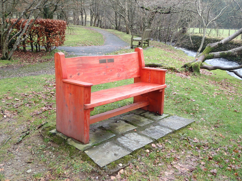 Larch memorial bench.