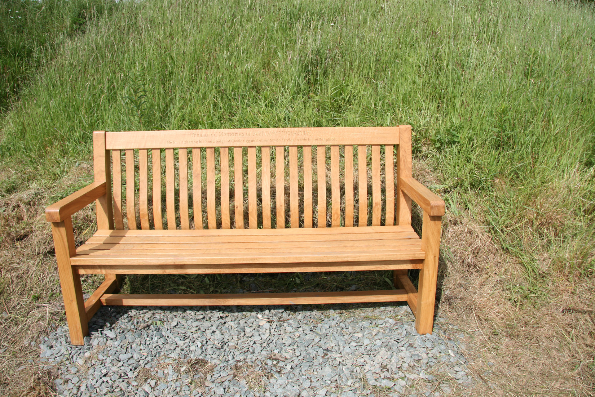 Memorial bench from solid oak