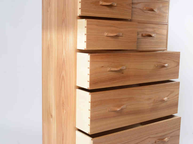 Elm Chest of Drawers
