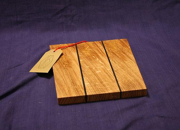Oak chopping board with bog oak lines