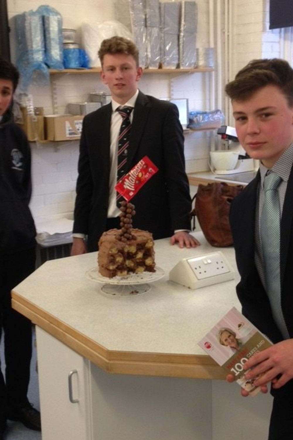 2016_march_bakeoff_boys