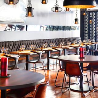 Dining Area/Bar