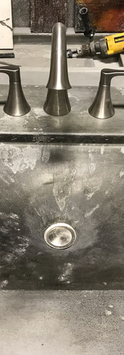 Faric fomed sink with varigated coloring