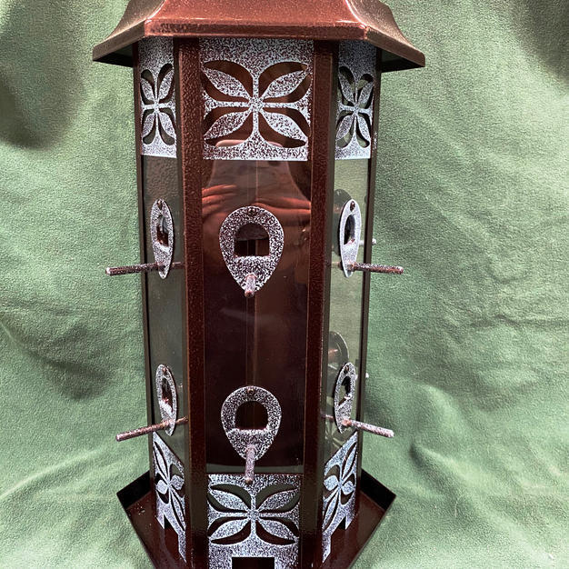 Metal Hanging 3-Chambered Bird Feeder