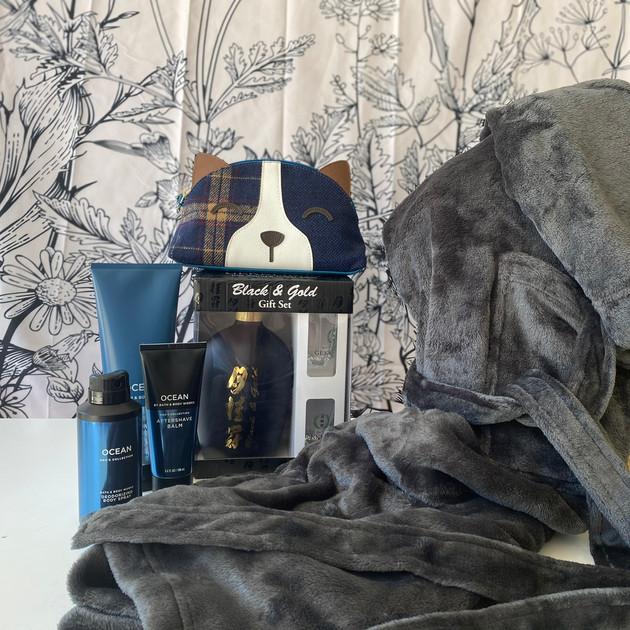 19.Slate Gray Robe, Sake Gift Set
