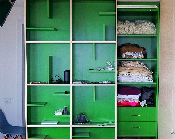 Раздвижной встроенный шкаф