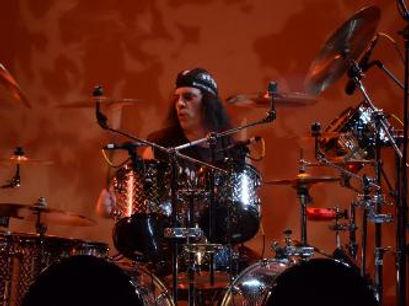 Boomer_drums-333x249.jpg