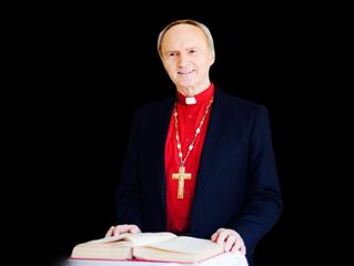 Скончался Патриарх Августин.