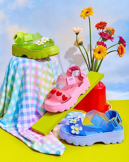 Flower_sandals_18878.jpg