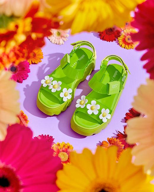 Flower_sandals_19335.jpg
