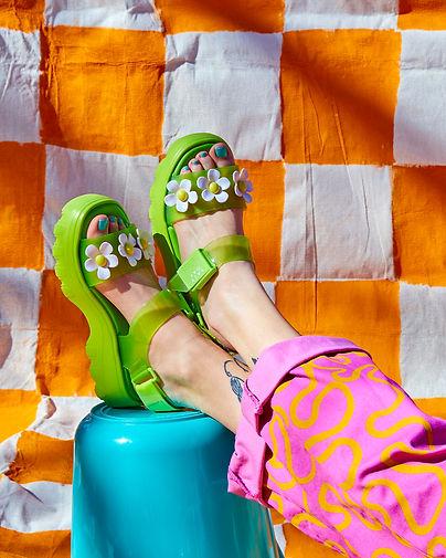 Flower_sandals_18500.jpg