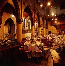 Monasterium gedekte-kerk-diner-2.jpg