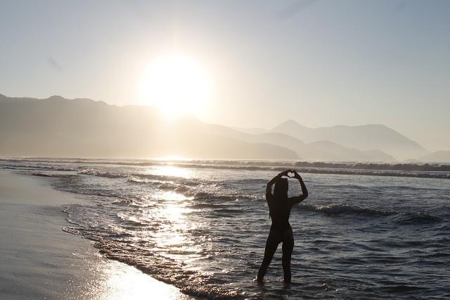 tay toledo - positividade - foto na praia- maresias - nem tudo é como a gente quer