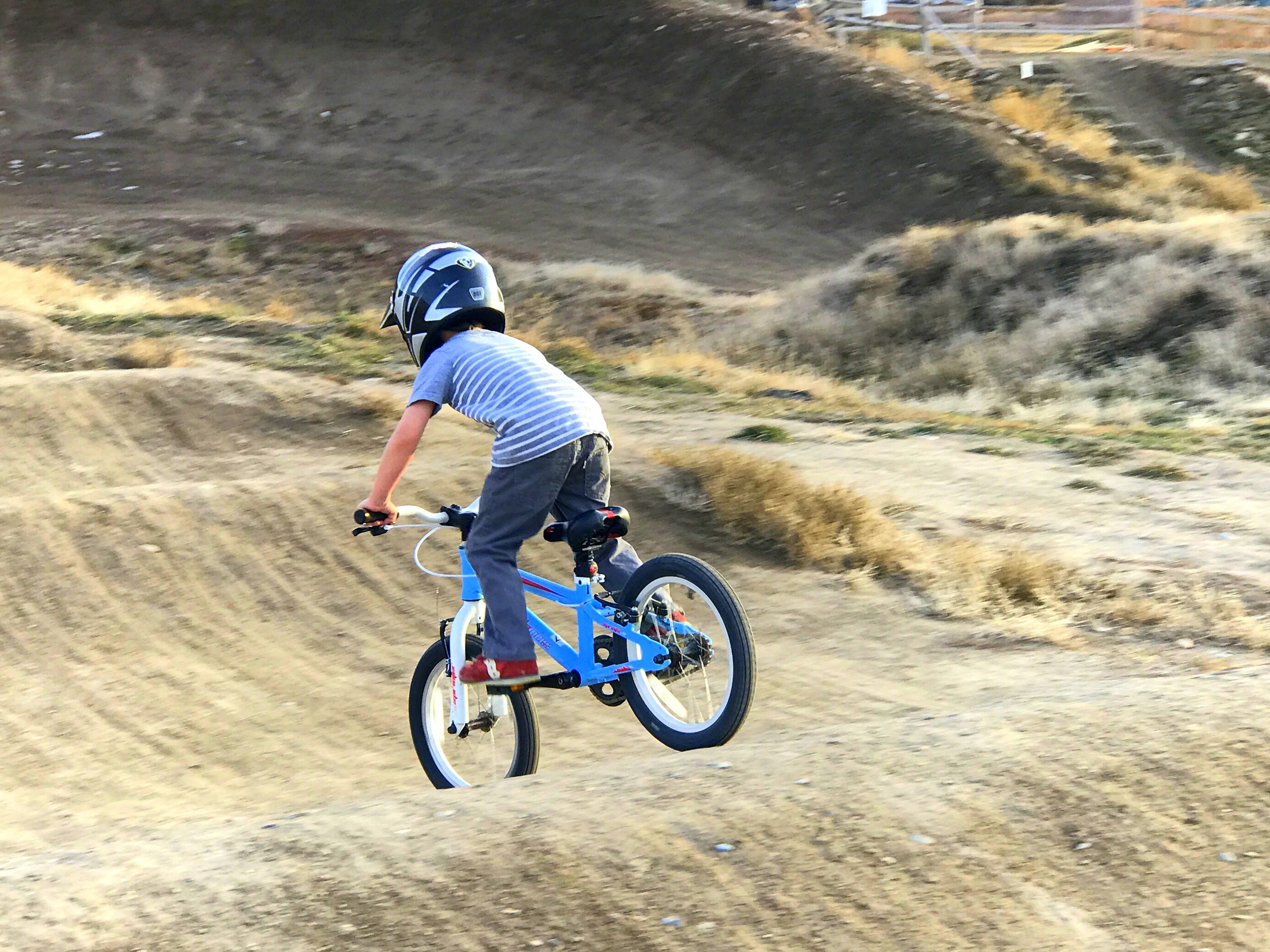 Noah Hall BMX 1.JPG
