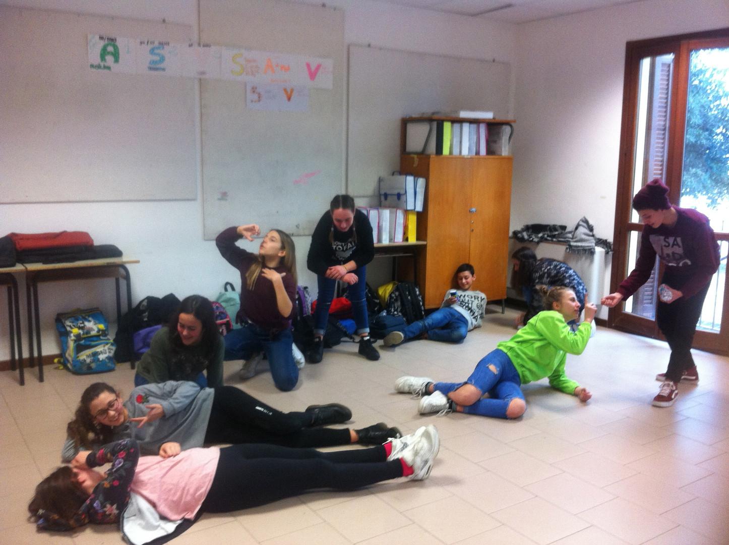 laboratorio-scuole-media-zaches-teatro.j