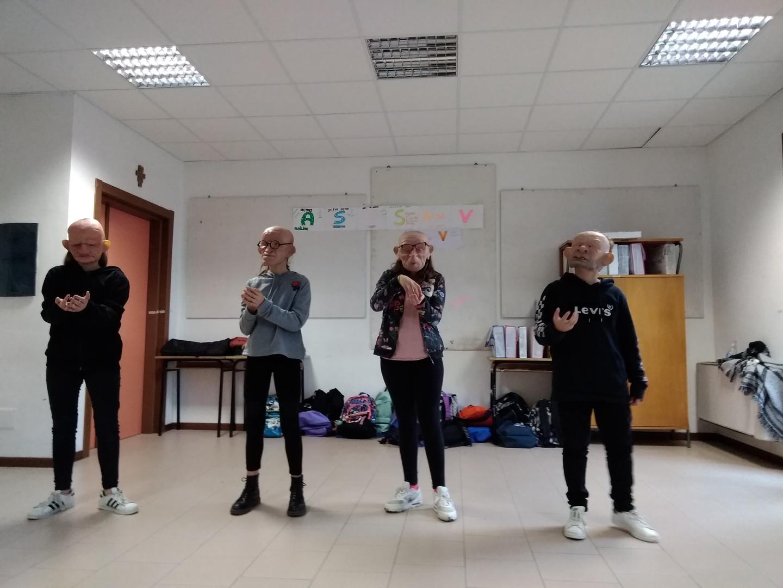 laboratorio-teatro-scuole-camerino-zaches