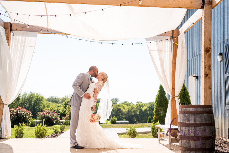 Barn Wedding Venues near Lawrence KS
