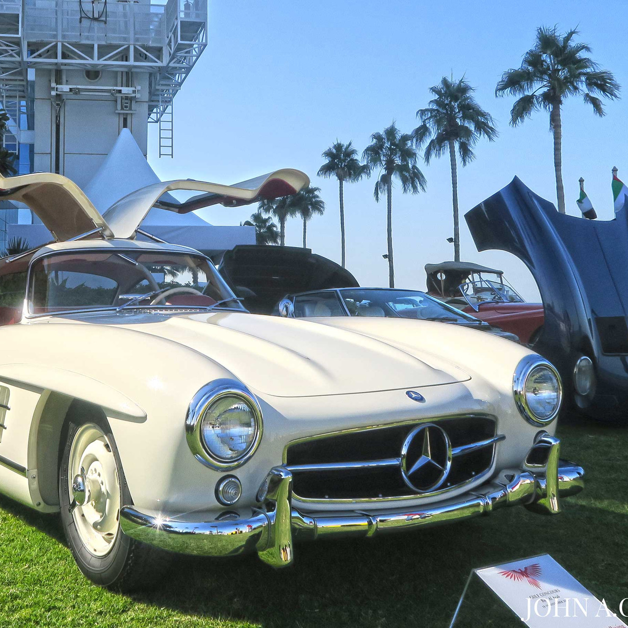 Right at the venue's entrance you can find pristine classics such as the 1955 Mercedes Benz 300SL Gullwing and the 1971 Lamborghini Miura SV.