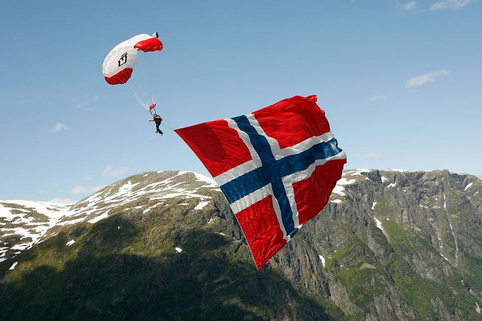 Paragliding-Voss-Nils-Erik-Bjørholt-Vis